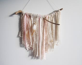 Pink Boho Wall Hanging, Boho Chic Wall Decor, Bohemian Wall Hanging, Boho  Chic