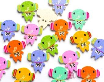 7 nice elephants 2.7 cm - 2 holes wooden buttons