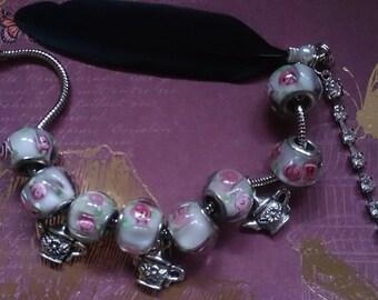 Alice's Tea Party For Two / Broche & Bracelet Set