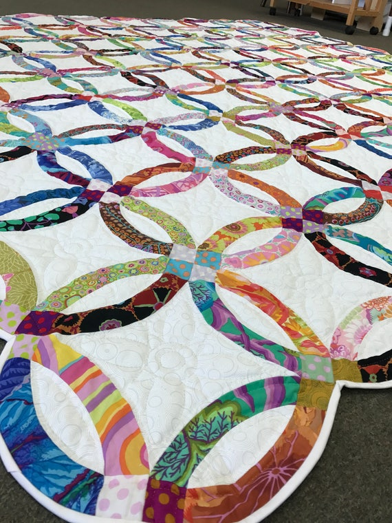 wedding ring quilt kaffe fassett quilted by amish