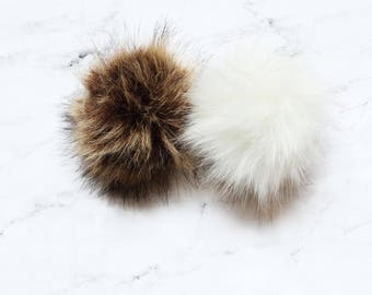 SNAP-ON Faux Fur Poms