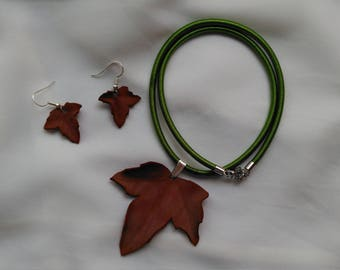 Botanical jewelry. Set of necklace and earrings of dried leaves. Autumn. Natural fashion