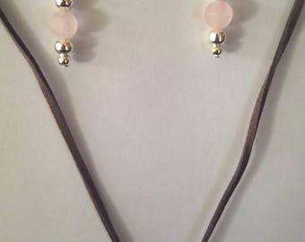 Rose quartz and leather necklace