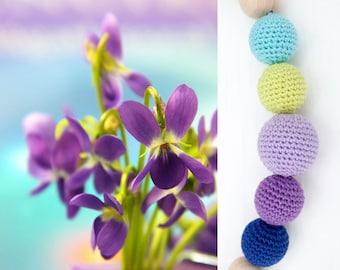 SPRING IRISES Teething Necklace, Nature Nursing Necklace, Breastfeeding Baby Necklace, Organic Woood Mommy Necklace, Stylish Mom Accessory