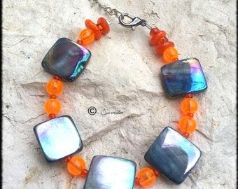 Orange pucks of mother-of-Pearl and orange Beads Bracelet women Bohemian - craft made in france
