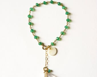 Adjustable silver chain bracelet gold plated end and green Onyx