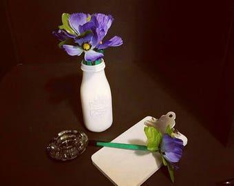 Purple flower pens