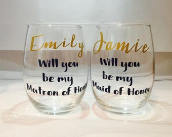 Will you be my bridesmaid stemless wine glass, bridesmaid wine glass, bridal party glass, wedding favor glass, stemless wine glass,