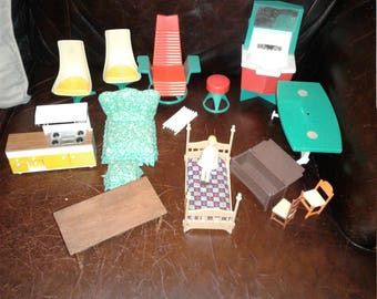 Vintage Dollhouse furniture various sizes and condition Tomy