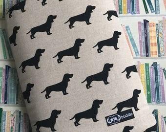 Buddle, large, padded book cover/sleeve (dachshund)