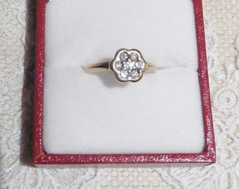Pretty Diamond Flower Ring. diamond jewellery. diamond rings. diamond flower rings. 9ct gold. vintage rings.