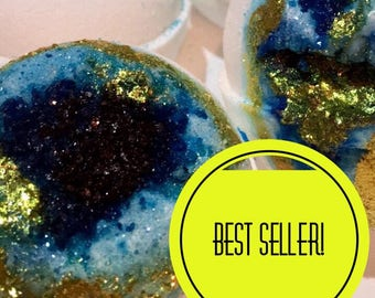 GEODE BATH BOMB, new years resolution, self care, geode bath bombs, bath bombs, dark bath bombs, cheap bath bombs, bath bombs bulk, bulk