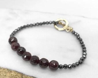 Bead bracelet, Gemstone beaded bracelet , Toggle bracelet, Handmade beaded bracelet, gift for her, One of a kind. Handmade in Austin TX