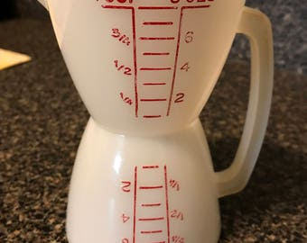 Vintage Tupperware Double Sided Measuring Cup