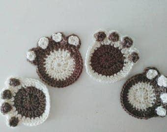 Coaster crochet dog paws