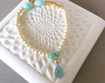 Summers bracelet in beige and blue 1