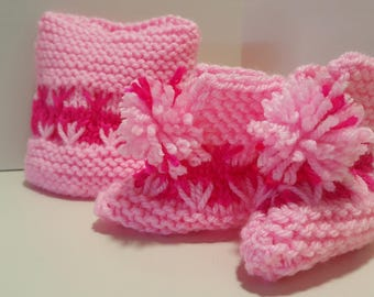 Newborn Knitted Hat and Bootie Set
