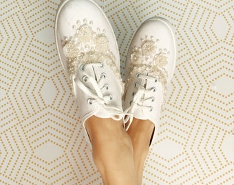 Vintage 1990s White Tennis Shoes with Rhinestone Detail, Vintage Keds, Keds, Wedding Shoes, Wedding Tennis Shoes, Bridal Shoes