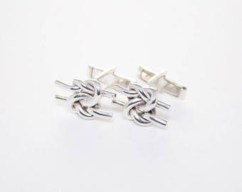 Double knot cufflinks