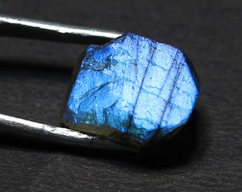 Natural Labradorite Gemstone Rough Blue Fire Top Quality 14.00 Cts. Size 16.20 X 12 X 8 Code MGJ 220