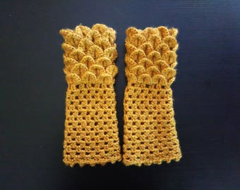 Golden Dragon Scale Gloves