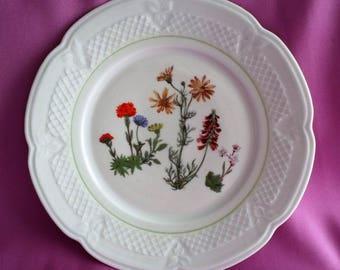 "Berry Haute Creation, L Lourioux Porcelain Wild Flower Dinner Plate 10"""