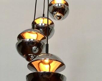 Kaiser chandelier | Cascade lamp | Klaus Hempel | Emperor lamps | 70s | chrome | IF product design award winner 1972 |