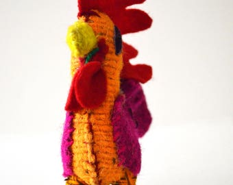 Wool made stuffed rooster from Chiapas
