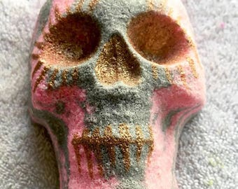 Hot Pink Skull Bomb | Halloween Bath Bomb | Halloween Gift | Gift for her | Vegan | Handmade | Bubble Bath | Bath Art | Bath Fizzie