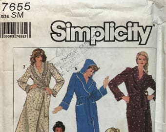 Simplicity 7655 vintage retro sewing pattern for 1980's cover up dressing gown hooded bath robe Size 10 - 12