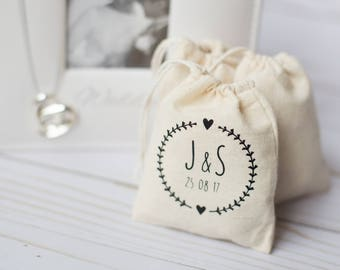 "5 x Personalized Favor Bags 3 x 4"" Muslin Bag, Small Wedding, Jewelry Bag, Drawstring Pouch, Muslin Pouch, Bridesmaid Gift Bags"