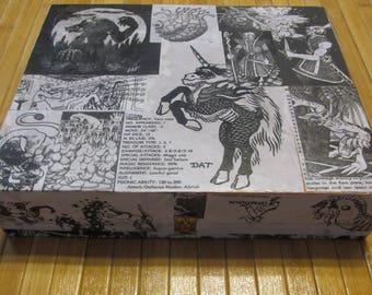 AD&D Advanced Dungeons and Dragons dice storage box 1st edition Monster Manual
