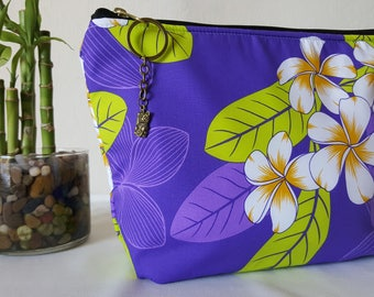 Hawaiian quilted clutch