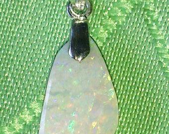 Australia-1. 90 CT fossil Opal pendant
