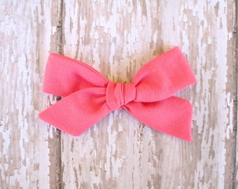 Coral Mila Bow
