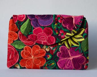 Purple Hand-embroidered Clutch Purse
