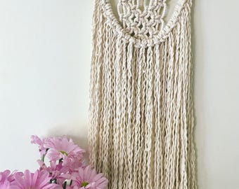 Natural cotton macrame wall hanging//driftwood//wall decor//hanging art//boho//wall art//eclectic//handmade