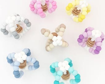 Ombré Chew Ball //Teething Ball//Rattle // Monochrome //toy //gift baby //sensory //development //learning //fun//