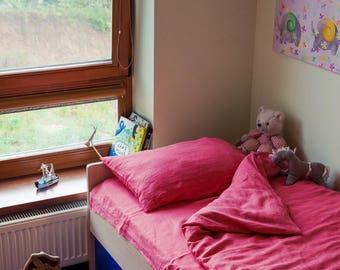 Linen kids bedding set from softened stonewashed 100% linen - Strawberry set