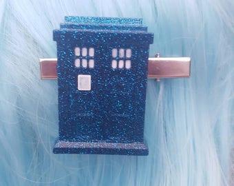 Tardis Doctor Who Glitter Resin Hair Clip