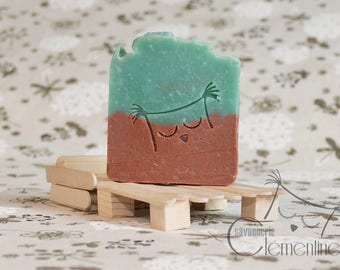 Body SOAP, fragrance on Miami Beach, enriched with grape seed oil and shea butter.