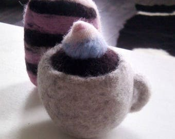 Coffee and cake dryer balls, handmade, wool needle felted