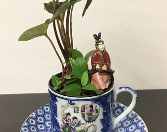 Miniature Tranquility Teacup Tabletop Desktop Asian Oriental Garden With Geisha Girl