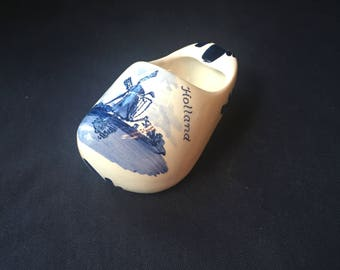 Delft Blue Holland Miniature Clog Shoe Hand Painted Windmill Ashtray