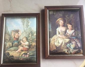 Set of 2 frames in silk frame wood