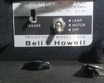 Bell & Howell Auto Load Model 256