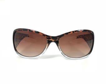 Animal print vintage ladies sunglasses