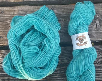 "Hand Dyed 100% Wool Worsted Weight ""Sky Blue"""