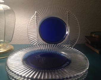 Set of 4 cobalt/clear salad plates
