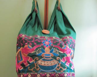 Original bag in the Indian style.
